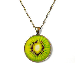 chain, eye, and green image