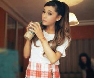 girl, starbucks, and ariana grande image