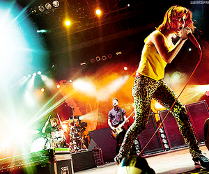 band, concert, and hayley williams image