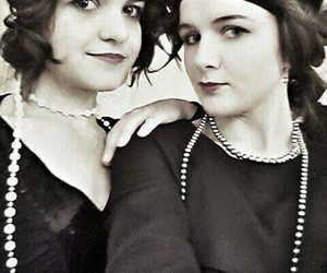20s, concert, and friend image
