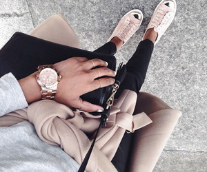 chic, metropole, and outfit image