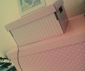 box, pink, and love image