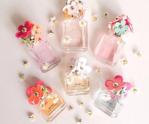 perfume, marc jacobs, and flowers image