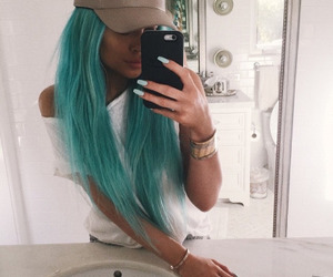 blue hair and kylie jenner image