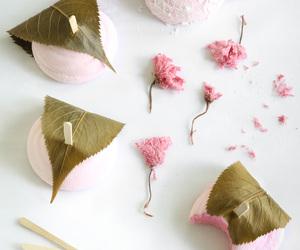 dessert, food, and marshmallow image