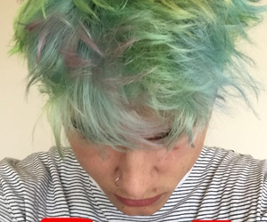 colored hair, crush, and pircieng image