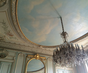 chandelier and palace image