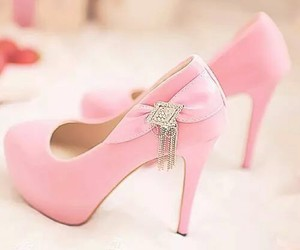 shoes, pink, and girls image