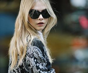 cara delevingne, blonde, and model image
