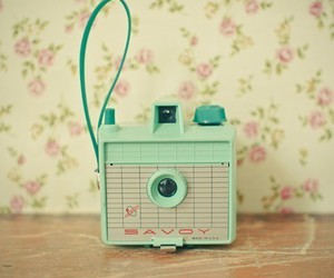 camera, vintage, and green image