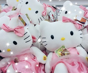 beauty, glam, and hello kitty image