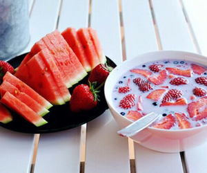 fruit, strawberry, and healthy image