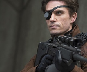 arrow, DC, and deadshot image