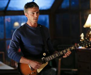 wade and hart of dixie image