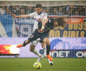 om, fight, and david luiz image