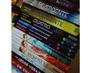 book, thg, and divergente image