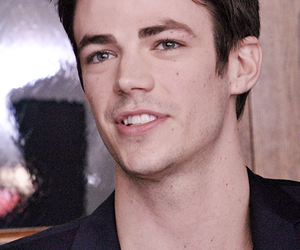 the flash, grant gustin, and boy image
