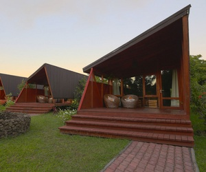 easter island and morerava cabins image