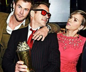 the avengers and chris hemsworth image
