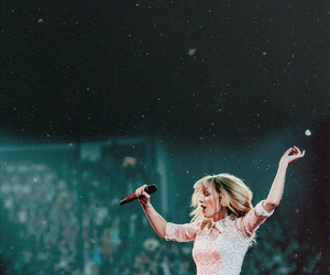 1989, wallpaper, and 1989 tour image