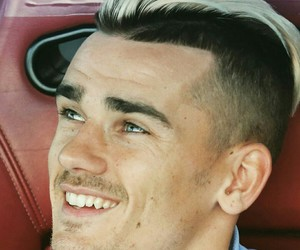 antoine griezmann and atletico madrid image