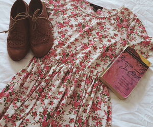 floral dress, oxfords, and romeo and juliet image