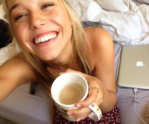 alexis ren and smile image