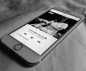 iphone 6 and lana del rey image