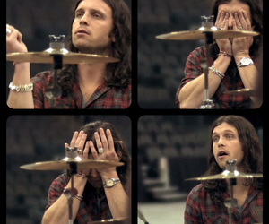 kings of leon and nathan followill image