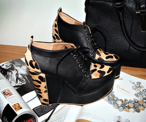 fashion, shoes, and animal print image