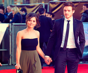 richard madden, couple, and game of thrones image
