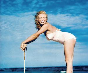 Marilyn Monroe, beach, and marilyn image