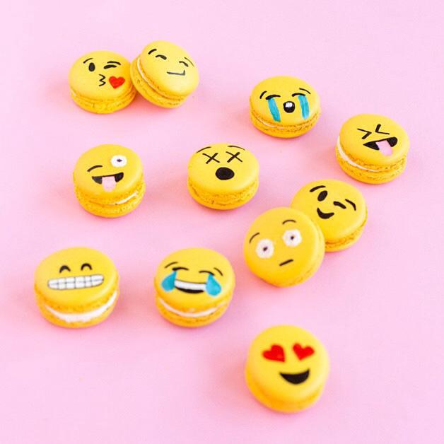 macaroons, K, and emoji image