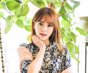 girl, kim shin yeong, and model image