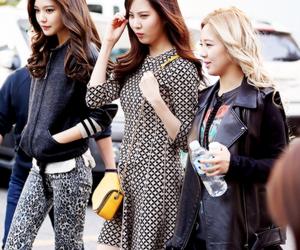 kpop, sooyoung, and hyoyeon image