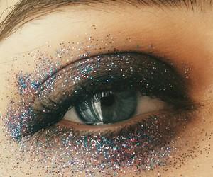 blue eyes, eye, and glitter image