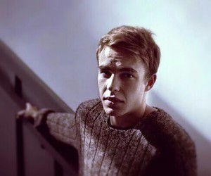 nico mirallegro and my mad fat diary image