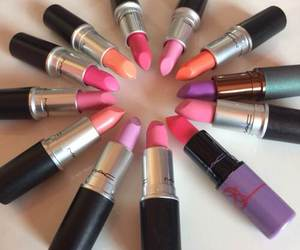mac, love, and lips image
