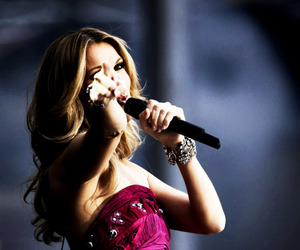 celine dion, diva, and Queen image