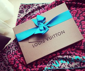 Louis Vuitton, luxury, and gift image