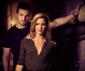 arrow and olicity image