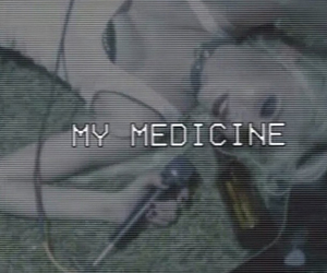 Taylor Momsen, the pretty reckless, and my medicine image