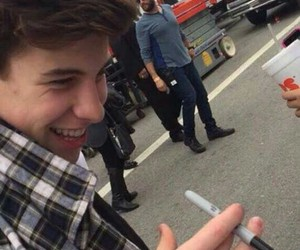 shawn mendes, smile, and mendes image
