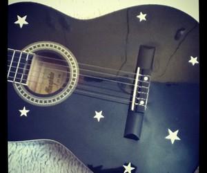 acustic guitar image