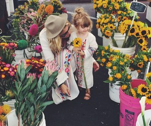 flowers, family, and mother image