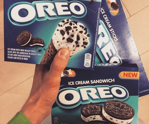 ice cream, oreo, and sandwich image