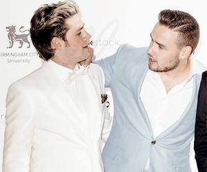 niam and onedirection image