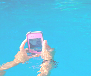 summer and iphone image