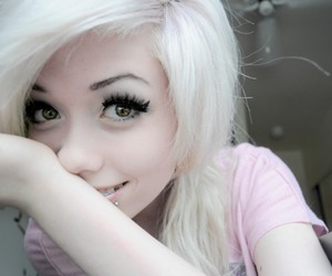 girl, cute, and hair image