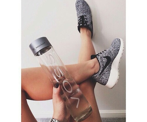 body, nike, and shoes image